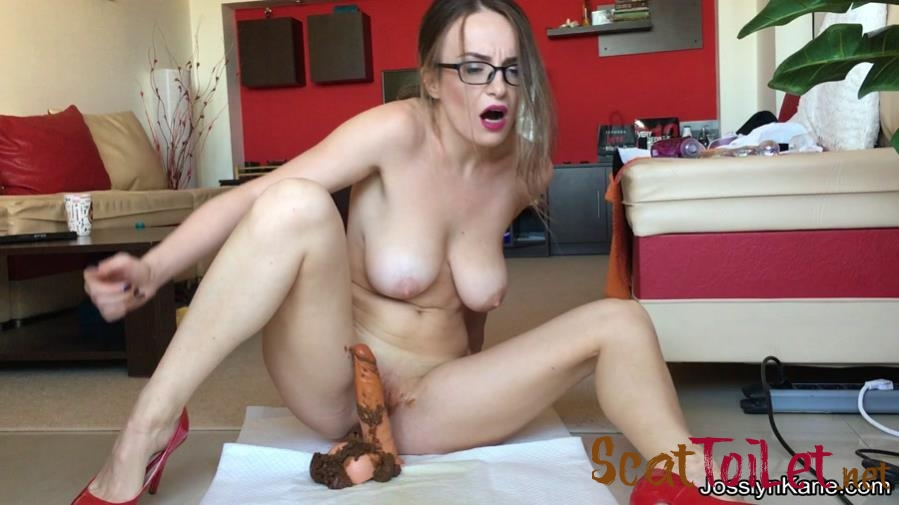 JosslynKane - Strip tease and pooping on your cock [mp4]