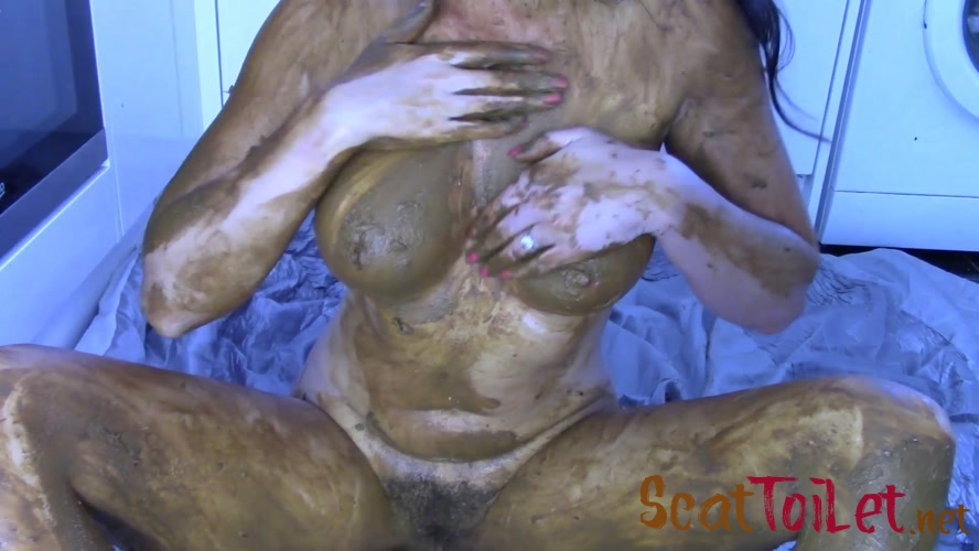 10 Loads Extreme Smear with evamarie88 [MPEG-4]
