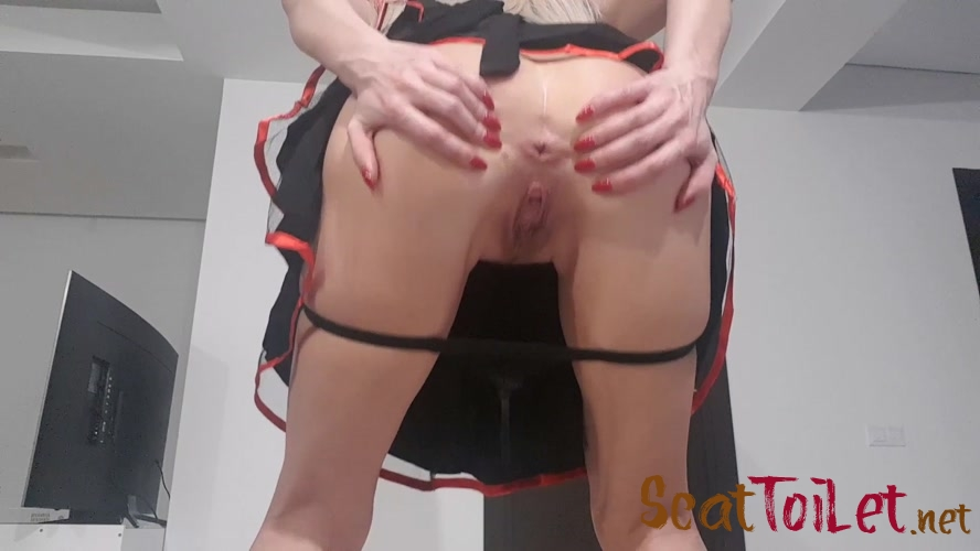 Enormous Shit Gift with thefartbabes  [MPEG-4]