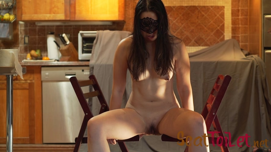 Shitting between two chairs with MistressSophia  [MPEG-4]