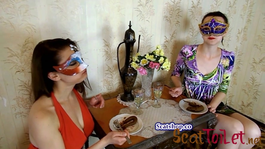 Carolina and Alice eat their poop with ModelNatalya94 [MPEG-4]