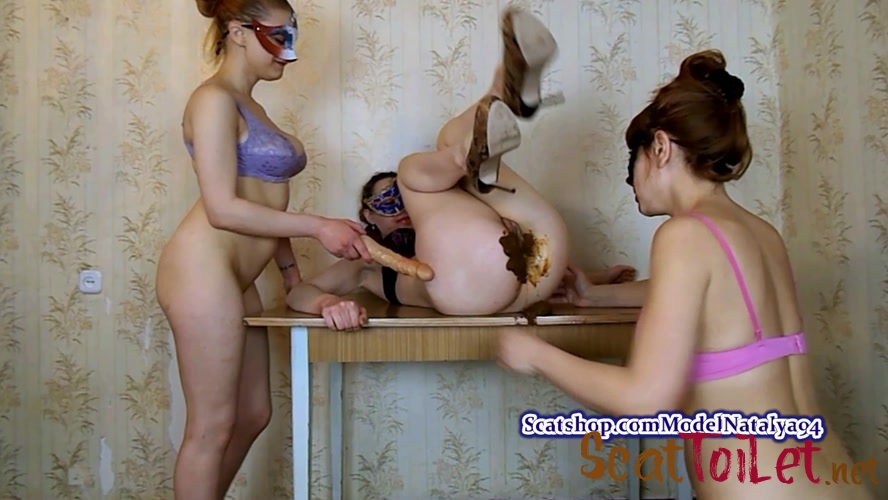 Shit in the mouth on the table with ModelNatalya94 [MPEG-4]