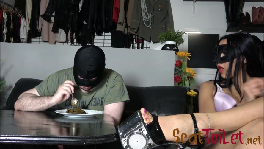 Eating a mountain of shit with Mistress Gaia [MPEG-4]