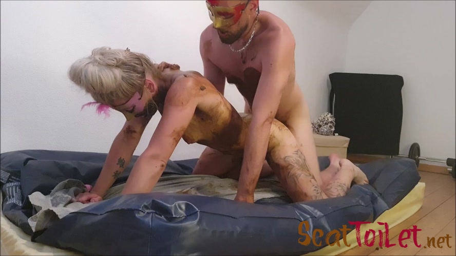 fuck each other and fuck a dildo (2/2)  with Versauteschnukkis  [MPEG-4]