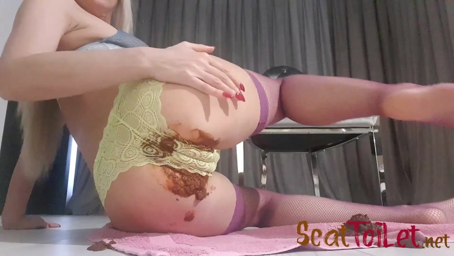Seductive Messy Panties with ModelNatalya94 [MPEG-4]