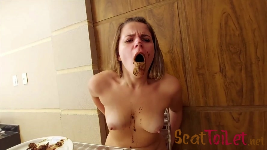 Scat Double Eat And Real Swallow All The Shit From Two Top Babes - Enormous Scat Swallow [MPEG-4]